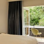 "alt=""SMARTHOMEWORKS - smarthome home automation Sydney - bedroom with wide doors"""